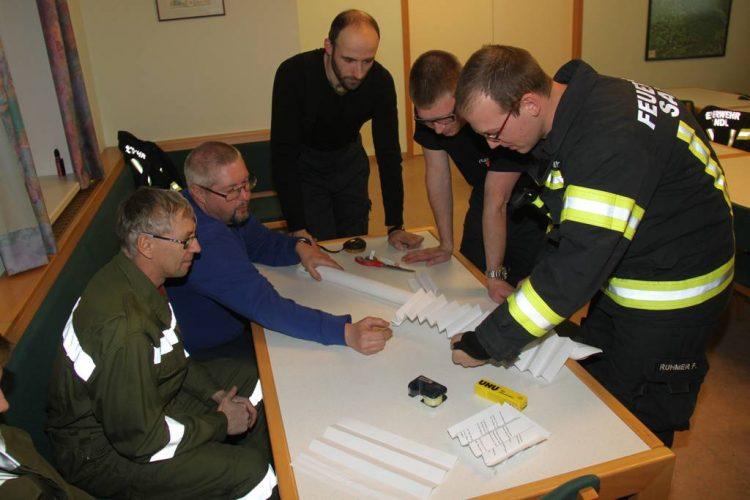 Brückenbau in der Feuerwehr